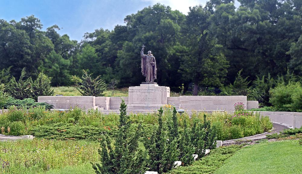 Marquette Park Father Marquette statue