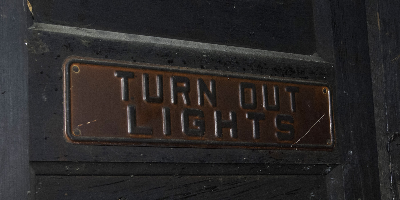 Turn out light