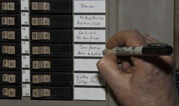Labeling circuit breakers