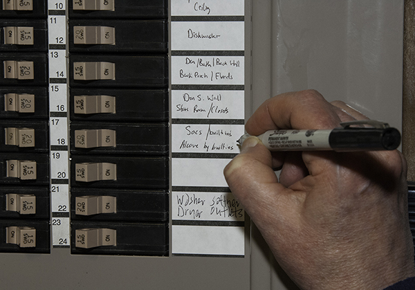 Labeling circuit breakers