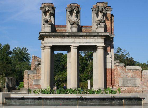 Holliday Park Ruins, Indianapolis