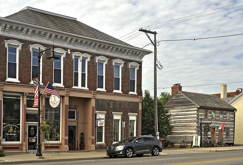 Cambridge City, Indiana, antiques shops
