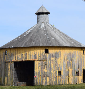 Round Barn, Shelby County