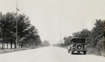 Packard on Ideal Section of the Lincoln Highway