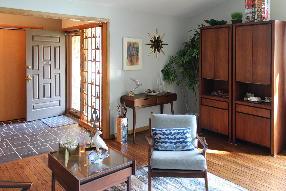 Avriel Shull House interior