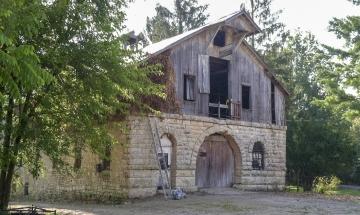 Cravenhurst Barn, Madison