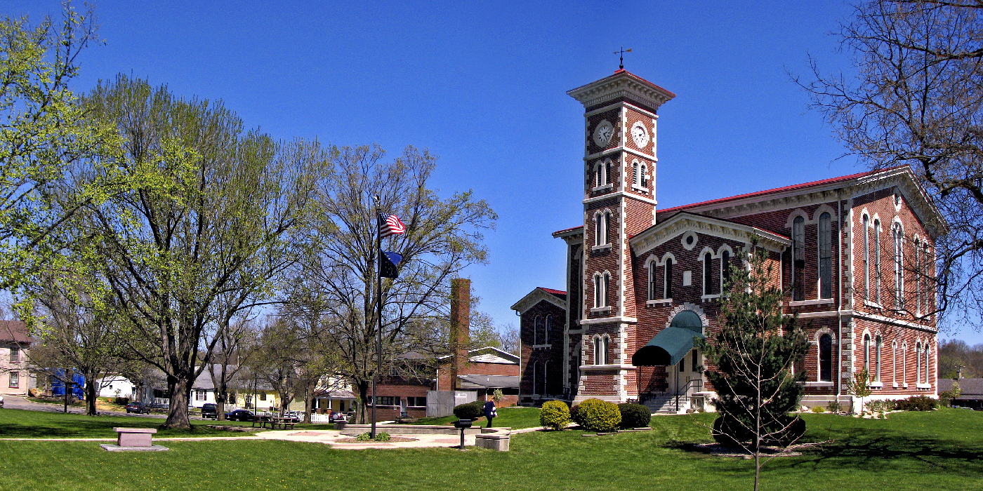 Vernon Courthouse Square